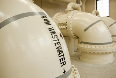 waste-water-treatment-plant-pipes-in-screening-room_Large